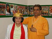 Girlie with guru dev rajneesh rishi